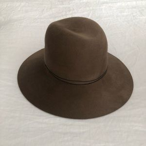 Janessa Leone hat - never worn